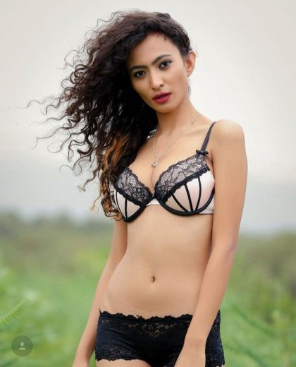 Uvika D'souza Delhi Escorts Girls
